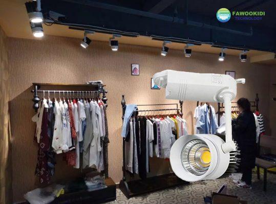 Ứng dụng Đèn LED rọi ray 12W FK-RR107 Fawookidi