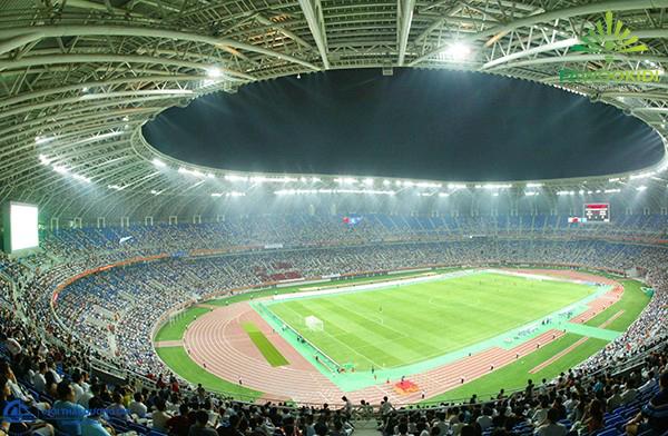 Đèn LED dùng cho không gian sân bóng